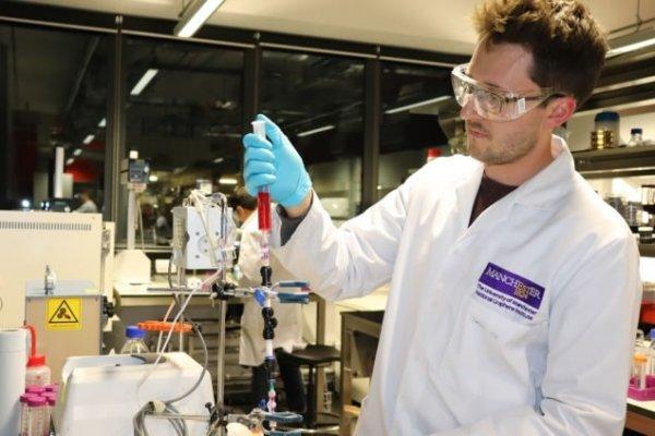 科学家发明便携式石墨烯水过滤设备,为更多的人提供更安全的饮用水